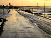 Holy Island causeway - freefoto.com