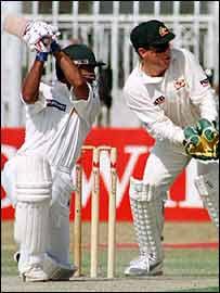 Saeed Anwar batting against Australia