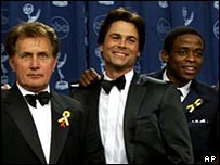 Lowe (centre) with West Wing co-stars