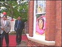 Preparing for Benazir's Bhutto's visit
