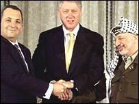 Ehud Barak, Bill Clinton, Yasser Arafat