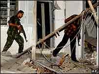 Daños causados por los misiles en la Franja de Gaza.