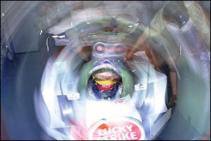 Villeneuve joins BAR after a frustrating 1998