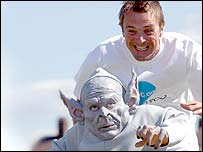 Phil Tufnell and gremlin