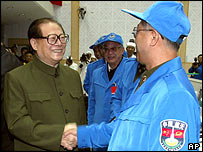 Yang Zemin and space worker