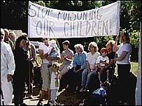 Quarry protestors