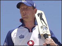 Paul Collingwood sets of for Bangaldehs full of confidence