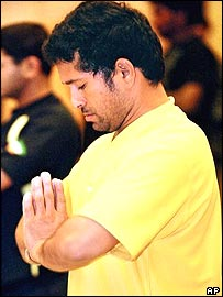 Sachin Tendulkar practices yoga in Bangalore