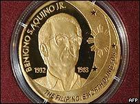 Gold coin commemorating Benigno Aquino