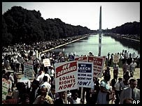 Marchers near the Lincoln memorial