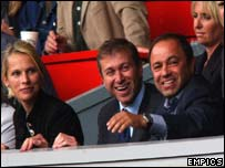 Roman Abramovich with his wife at a Chelsea match