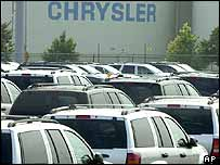 Sport utility vehicles at a DaimlerChrysler plant