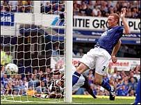 Steve Watson scores Everton's third