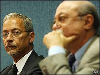 De izq. a der. ministro de Defensa de Brasil, José, Viegas y ministro de Ciencia y Tecnología, Roberto Amaral.