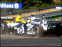 Ralf Schumacher comes off on the first lap