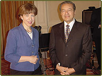 Lyse Doucet talks to Malaysian Prime Minister Dr Mahathir Mohamad