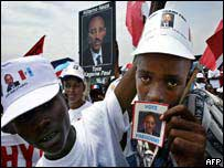 Supporters of President Paul Kagame