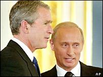 Presidents George Bush and Vladimir Putin