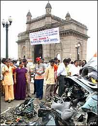 Hindu demonstrators