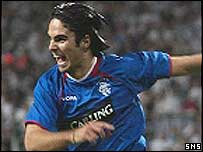 Mikel Arteta celebrates putting Rangers ahead