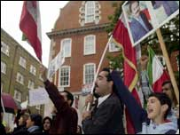 Iranians demanding the extra of Iranian diplomat Hade Soleimanpour (August 2003)
