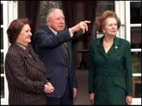 Augusto Pinochet y su esposa recibieron la visita de Margaret Thatcher