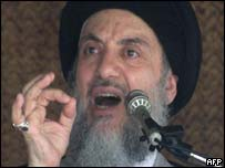 Ayatollah Mohammed Baqr al-Hakim giving a sermon prior to his death