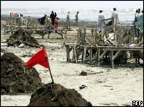 The oil damaged Clifton Beach in Karachi