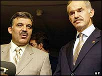 Abdullah Gul (l) and George Papandreou