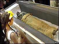 Seven-year-old Rasha Adel looks at the mummy thought to be Ramses I