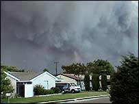 Smoke in Simi Valley (photo courtesy of Tony Murphy)