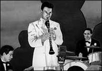 Artie Shaw playing the clarinet