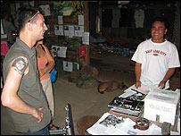 Richard Fitoussi (izq.) y Aki Ra