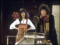 Elisabeth Sladen with Tom Baker as Doctor Who