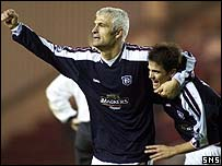 Fabrizio Ravanelli celebrates with fellow goalscorer Nacho Novo