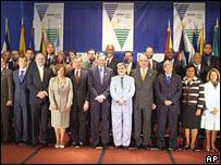 Los ministros asistentes a la cumbre ministerial del ALCA en Miami.