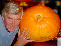 Terry Walton and the pumpkin