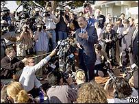 Media scrum around Jackson lawyer Mark Geragos