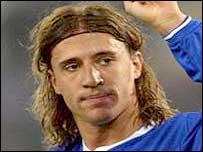 Hernan Crespo celebrates scoring for Chelsea