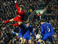 Liverpool's Harry Kewell scores against Steaua Bucharest