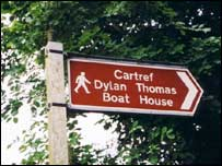Dylan Thomas trail sign