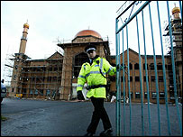 Mosque under construction at Islamic centre site