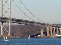 Forth road bridge - picture from Undiscovered Scotland