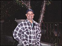 Wilfrido Aguilar en Washington de noche
