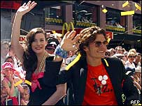 Actors Liv Tyler and Orlando Bloom took part in a street parade