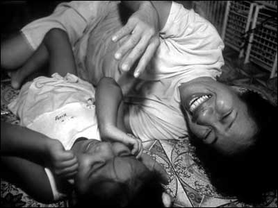 Noora. Filipinas. (Foto: Positive Lives)
