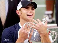 Andy Roddick holds the US Open trophy
