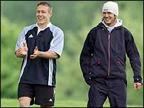 Jonny Wilkinson and David Beckham, England's two most marketable sporting heroes, have struck up a firm friendship