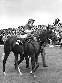 Pat Eddery on board Grundy