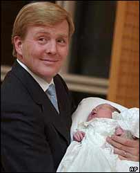 Prince Willem-Alexander shows off his new baby daughter